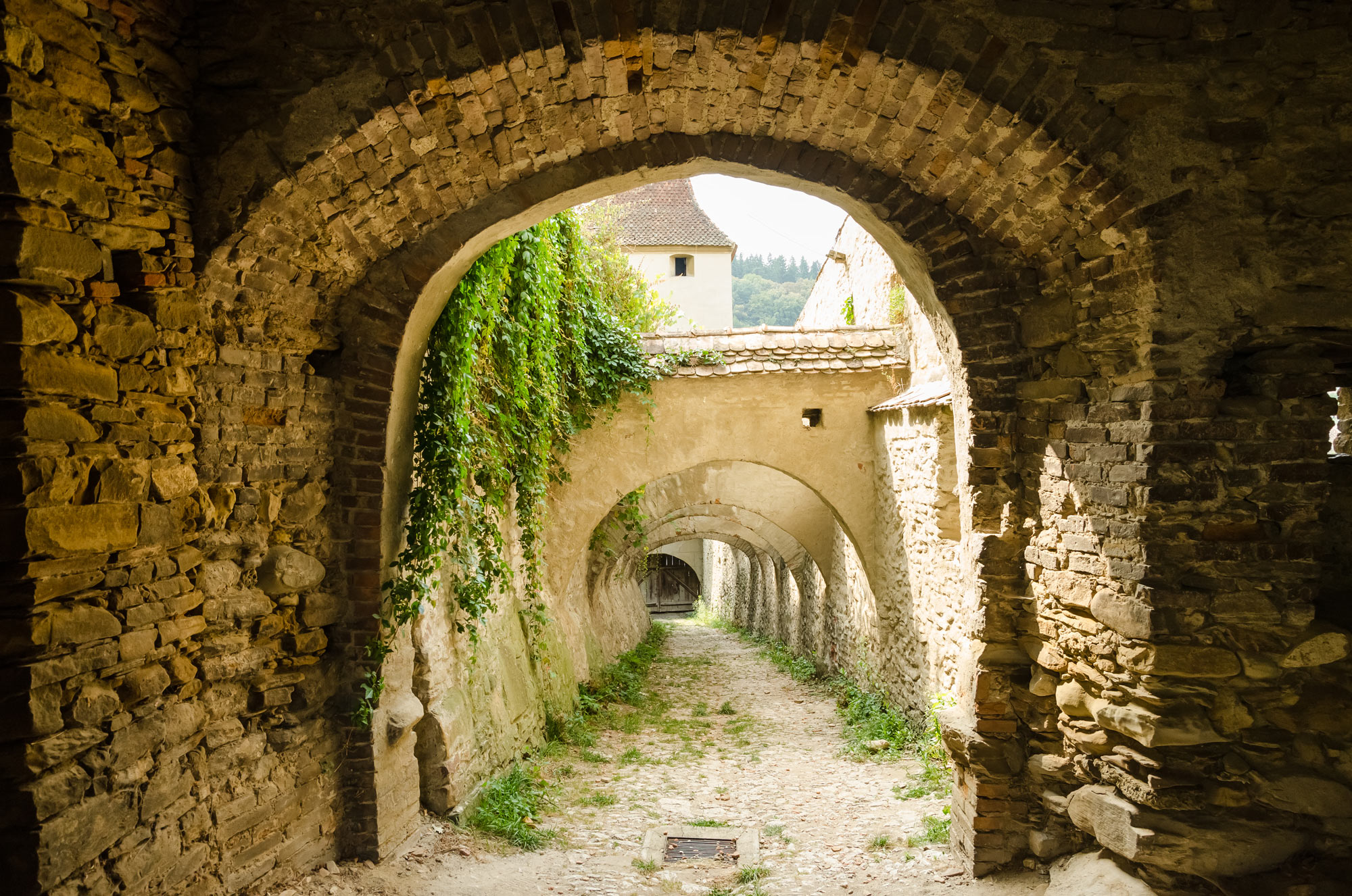 ROMANIA Travel and Tourism Information ALBAIULIA tourist – Romania Tourist Attractions Map