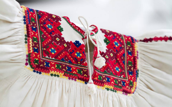 Beautiful Arts and Crafts of Romania - Beautiful hand made, hand stitched traditional blouse. Made in Romania.