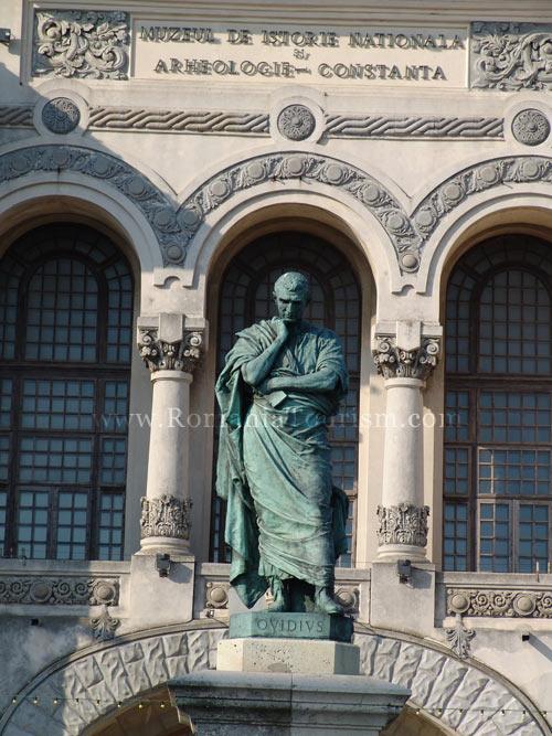 Constanta, romania - ovidiu square (publius ovidius naso statue)