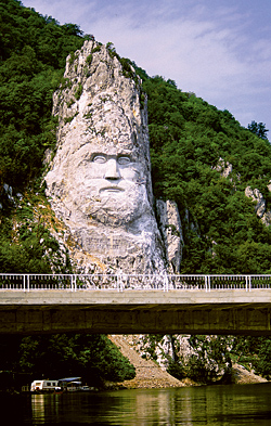 Danube River Cruises - Sights along th Danube: Decebal Statue