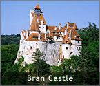 'Romania's Castles and Fortresses - Bran Castle, also known as Dracula's Castle (near Brasov, Romania)' from the web at 'http://romaniatourism.com/images/splash-castles-bran.jpg'